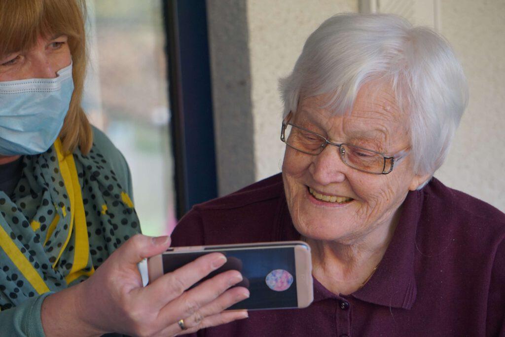 Die 10 TOP-Eigenschaften eines Seniorenbetreuers
